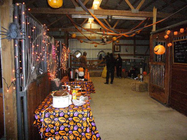 barn halloween party - Halloween Barn
